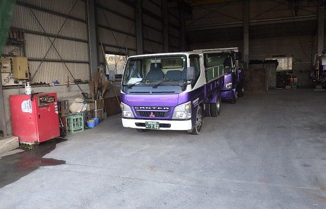 2tダンプトラック